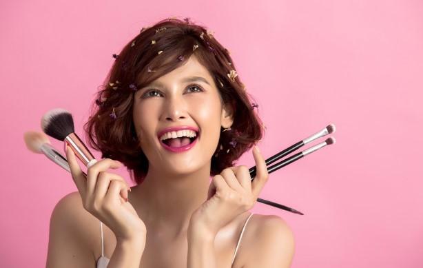 Jenis Jenis Make Up Untuk Sehari hari